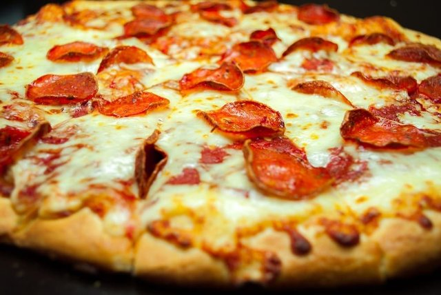 Pizza Hut Papa Johns Pizza Express And Dominos Charge