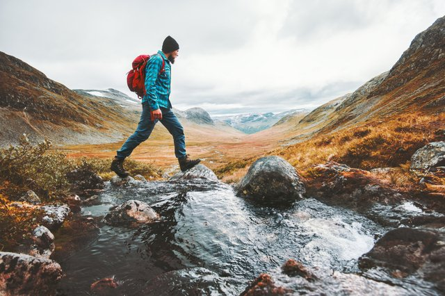 <p>Best men's thermal base layers for hiking  2021</p>