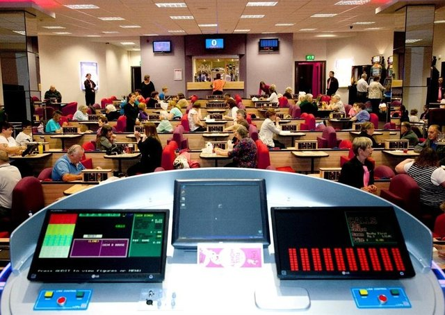 Galashiels bingo hall owner Ryann Stisi says it's not financially viable to reopen under 2m distancing rules.