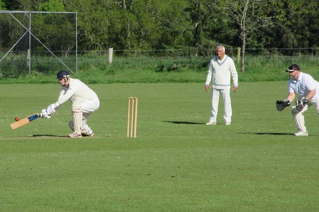 Manderston skipper Richard Thomson sweeps (picture by Ed Richards)