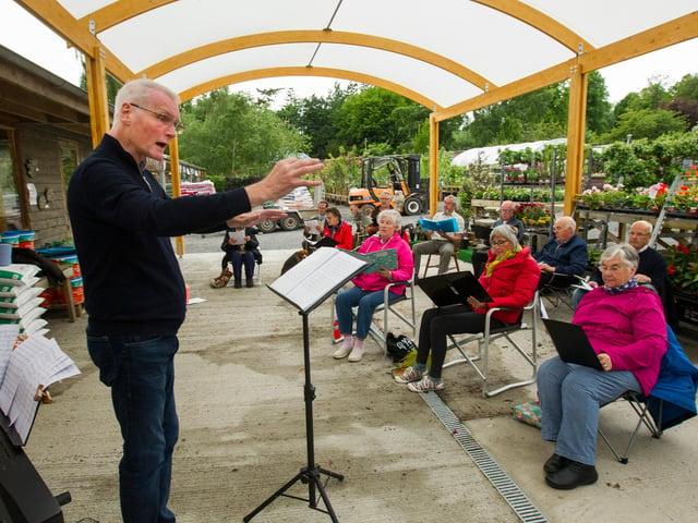 Lauderdale Community Choir, rehearsing at Woodside Garden Centre, Ancrum. (Photo: BILL McBURNIE)