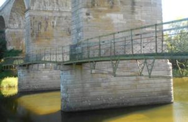 Teviot viaduct footbridge. (Highways England)