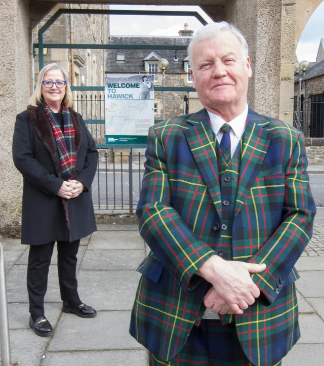 Scottish Parliamentary list candidate for the Alba Party, Cynthia Guthrie, with Councillor Davie Paterson. Photo: Bill McBurnie.